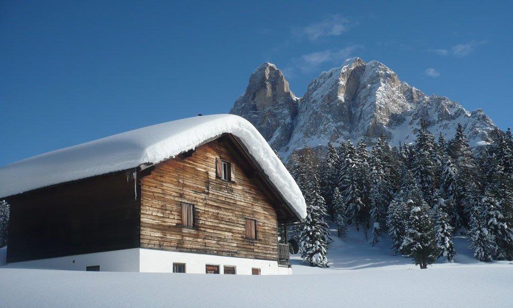 Verbringen Sie Ihren Winterurlaub in den Bergen in Untermoi
