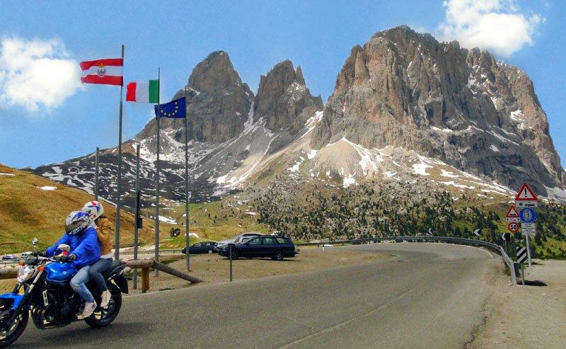 La vostra vacanza in moto ad Antermoia in Val Badia